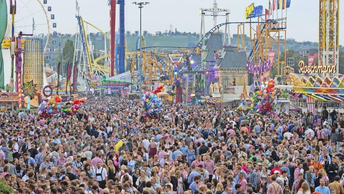독일 맥주 - 칸스타트 축제
